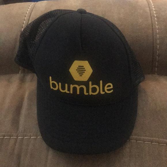63cc09236 Bumble hat